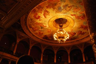 State_opera_ceiling_from_balcony