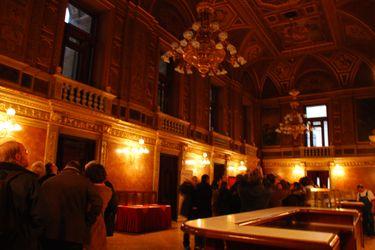 State_opera_tour_room_1_2